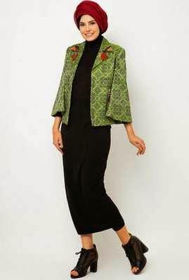 Desain Busana Muslim Modern Dian Pelangi