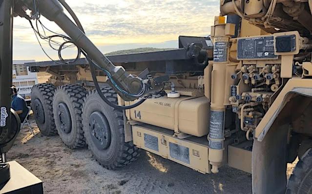 hệ thống tiếp nhiên liệu robot