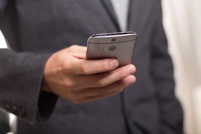 Mengecek Sfesifikasi Smartphone