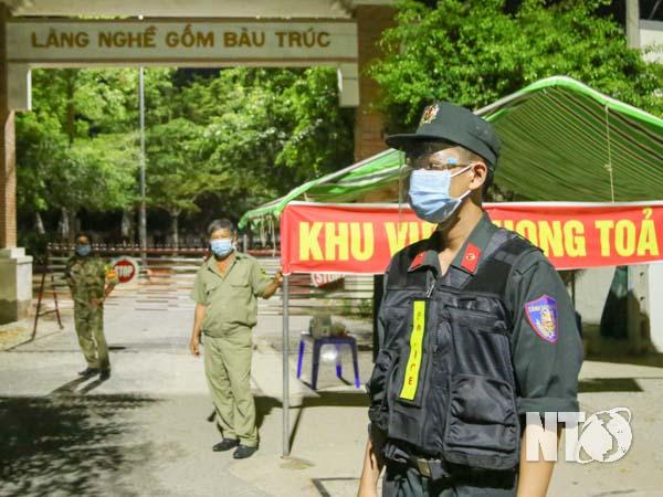 Nhà có 3 người đi chống dịch Covid-19 ở Ninh Thuận