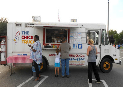 Food Truck Friday at the Colonial Park Mall in Harrisburg Pennsylvania