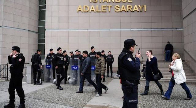 Γερμανίδα δημοσιογράφος δικάζεται στην Τουρκία για... τρομοκρατία!
