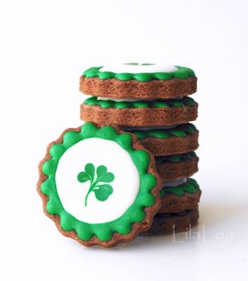 St. Patrick's Day cookies -- leprechaun loot tutorial