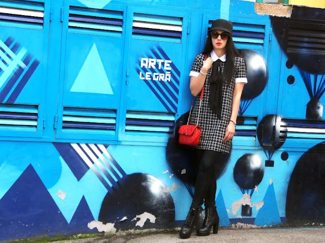look estilo british vestido college con toque hard