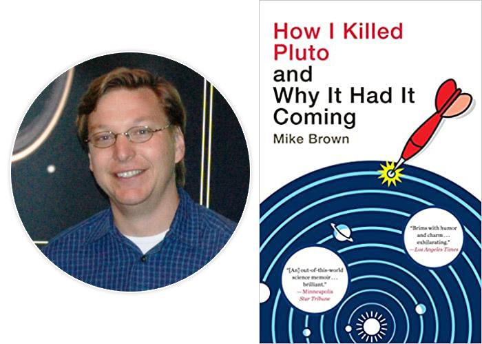 Майкл Браун і перше видання його книжки «Як я вбив Плутон і чому це було неминуче» (2010)