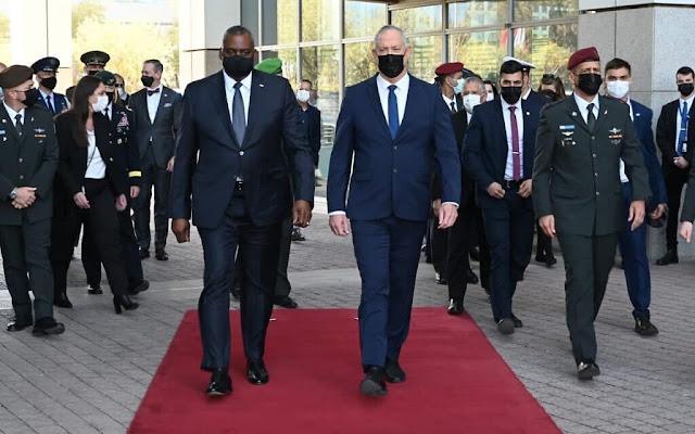 מדינת ישראל אויסערן-מיניסטער ערווארטעט אין אמעריקע