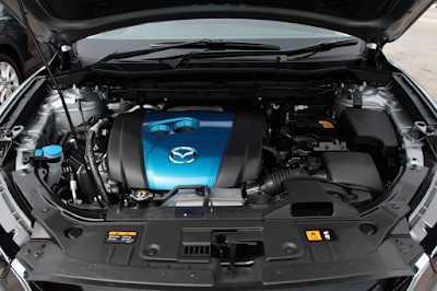 Foto Mesin Mazda CX-5 2.0 Liter