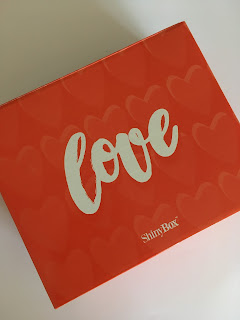 [Shinybox] - Love