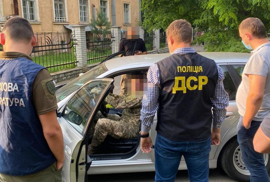 ОГПУ за півроку звинуватило у злочинах 1612 військових