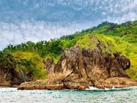 10 Spot Foto Keren Pantai Ngondo Gunung Kidul Yogyakarta : Rute Lokasi, Harga Tiket Masuk, Fasilitas