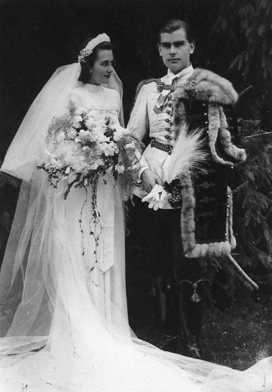 """f1eed42fed Minden menyasszony álma a nászút- Vásárhelyi Veráé Velence volt -, """"de  apósom elintett. Háború van, a miniszterelnök fia és menye nem mehetnek  külföldre ..."""