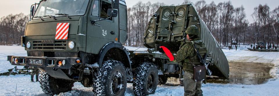 Армія РФ отримала модернізований понтонно-мостовий парк