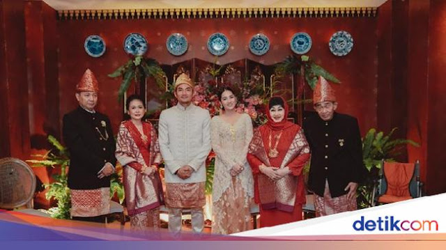 Niken Anjani Resmi Menikah dengan Adimaz Pramono Mengikuti Anjuran PSBB