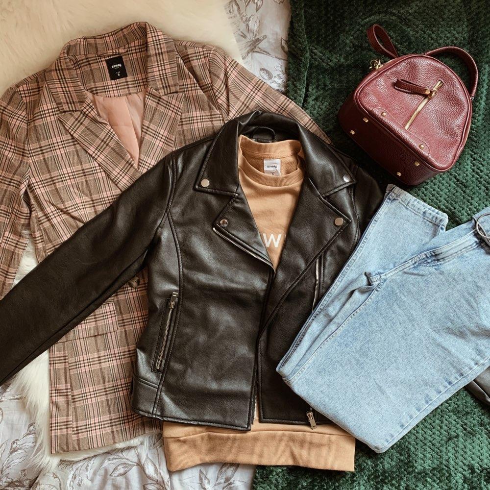 12x12 - czyli 12 stylizacji z wykorzystaniem 12 elementów garderoby [Sinsay, Lidl, Obag, Creole, Adidas, Renee]