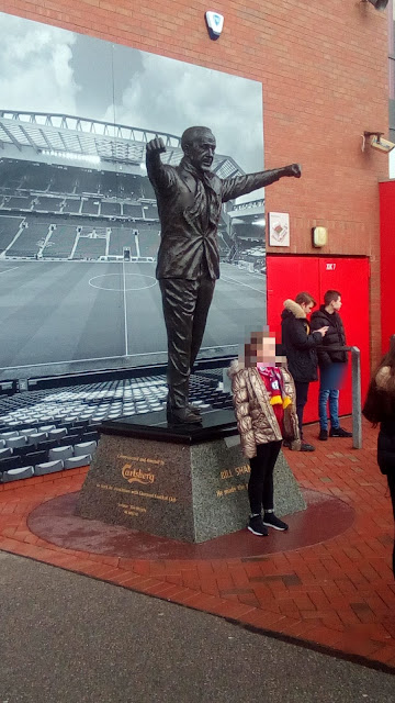 Bill Shankley statue at Anfield