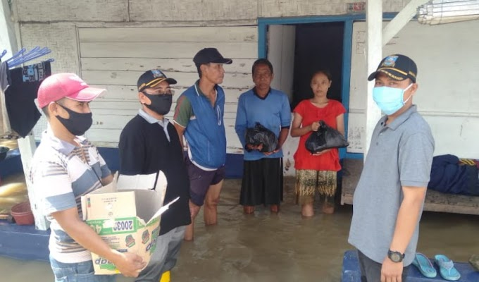 Pemerintah Kecamatan Cikande Salurkan Bantuan di 4 Desa Terdampak Banjir Luapan Sungai Cidurian