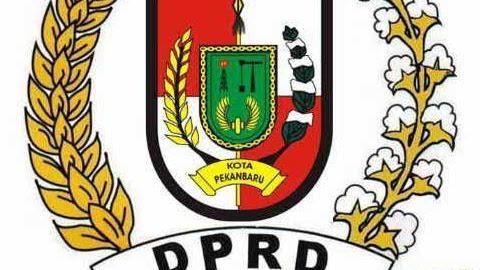 Anggota DPRD Pekanbaru Resmi di Sumpah