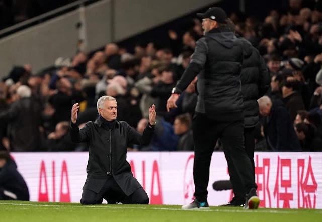 """BÌNH LUẬN: Ai cho Mourinho """"lương thiện""""? 3"""