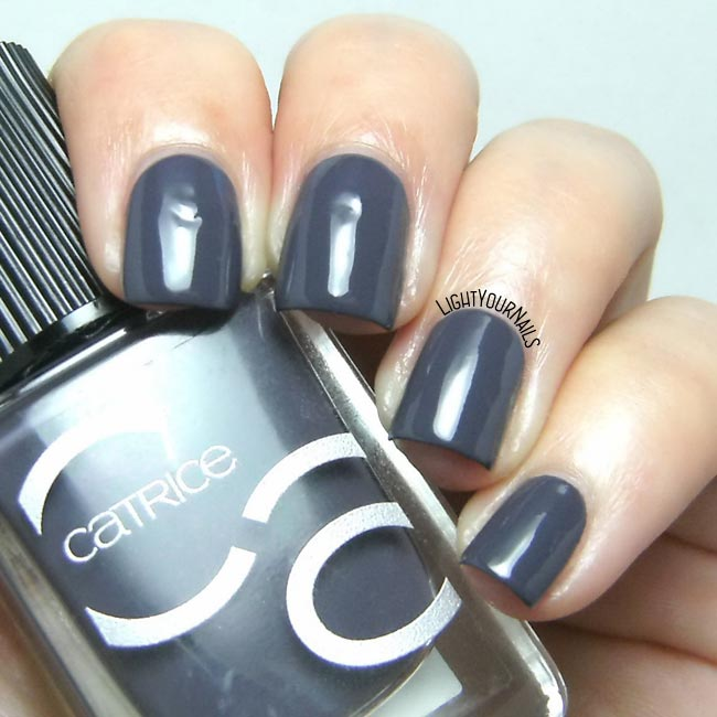 Smalto Catrice ICONails 19 Johnny Deep nail polish