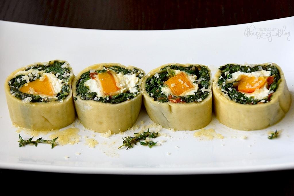 Makaronowa rolada ze szpinakiem, dynią piżmową i serem ricotta