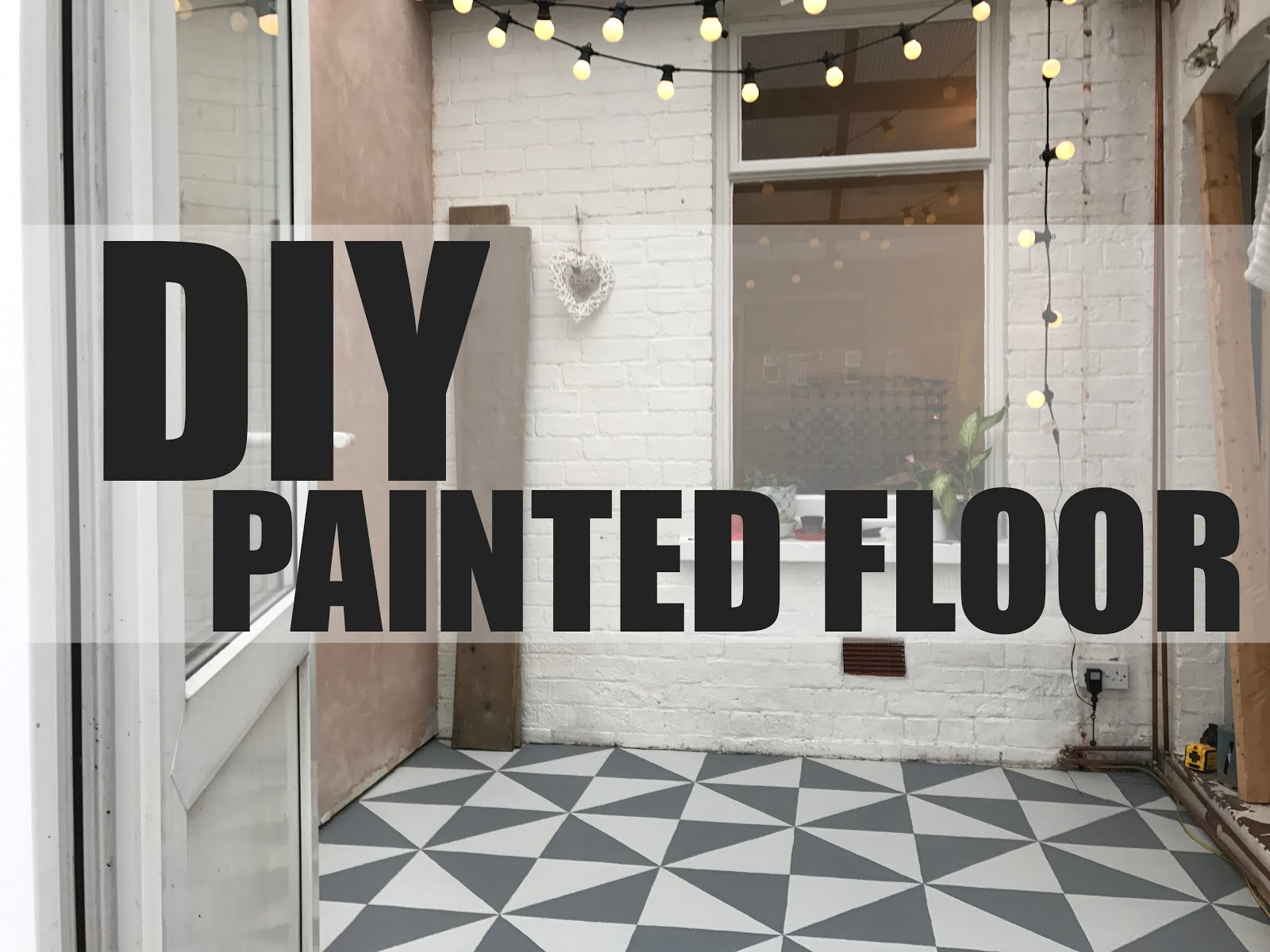 DIY Painting a Patterned Floor