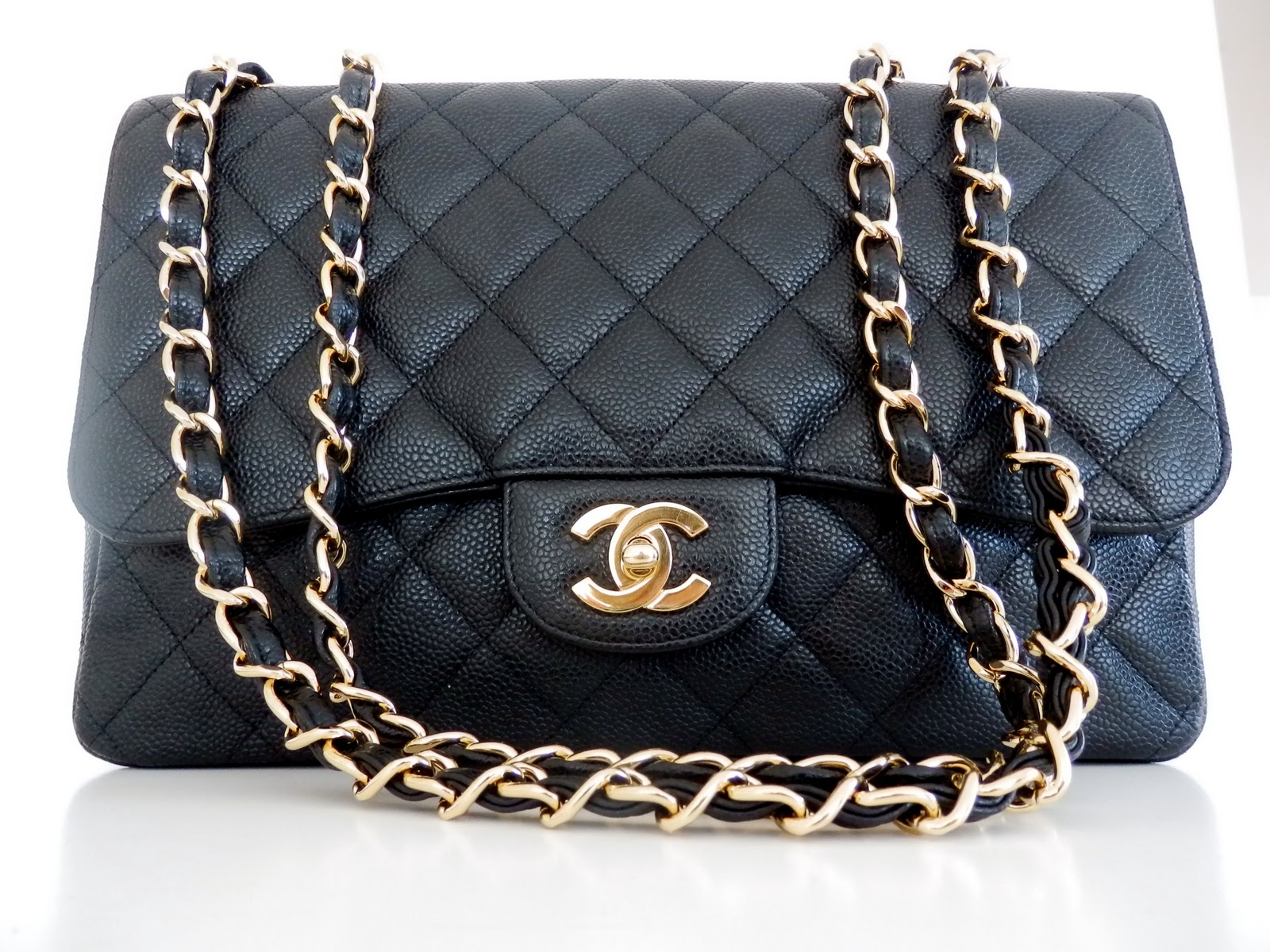 04f43b6b6ba4 Chanel Flap Bag 2.55 Size. Chanel 2.55 Caviar Medium Classic Double ...