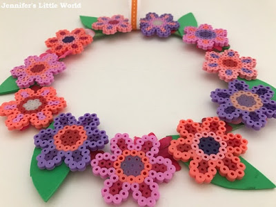 Hama bead simple spring flowers wreath craft