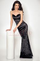 alege-ti-rochia-de-revelion-din-timp-5