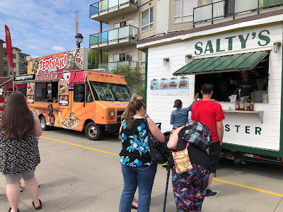 Example of a food truck in Langley City