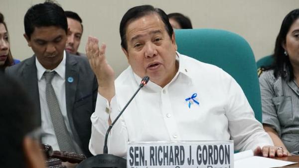Senator Richard Gordon wants to include private nurses, teachers in the new SSL