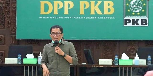 Perpres Dana Abadi Pesantren Resmi Diteken Jokowi, PKB: Kado untuk Para Santri