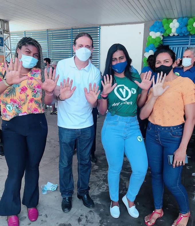 Crislane Brito participa de convenção de Fábio Gentil e oficializa sua pré-candidatura a vereadora em Caxias