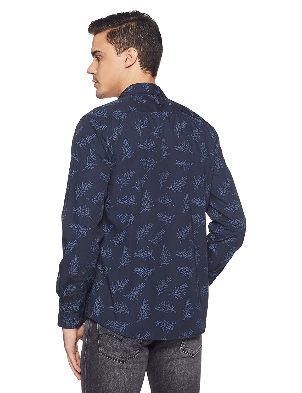 Buy Lee Clothes at 50% Off on Men's Printed Casual Shirts
