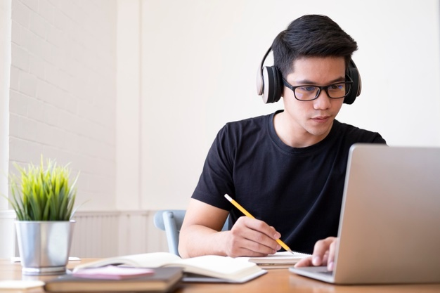 9 Best Free TOEFL Resources to Boost Your Score