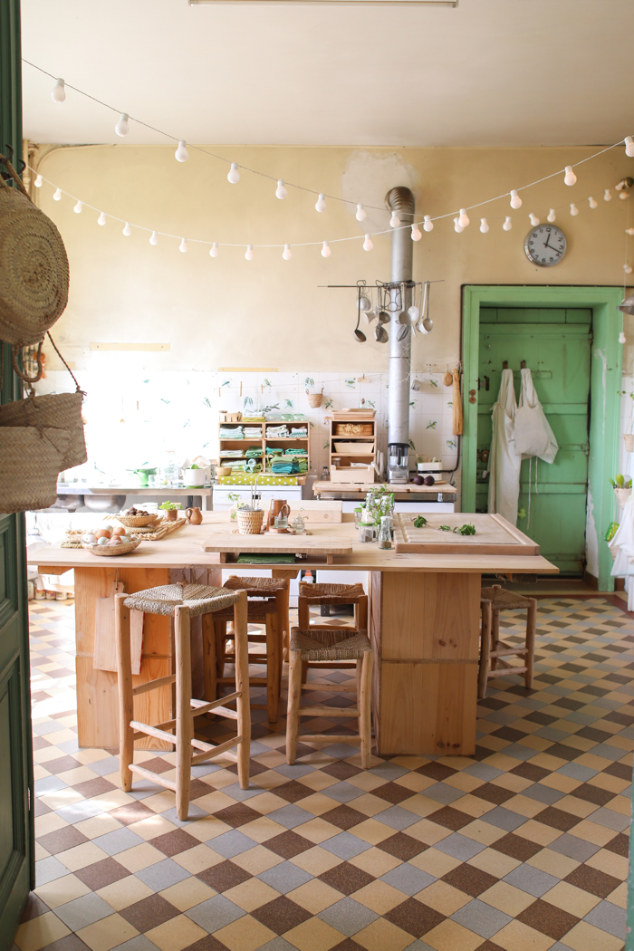 Green With Envy- design addict mom #kitchen