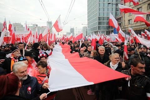 Az Európai Tanács megtámadta Lengyelországot