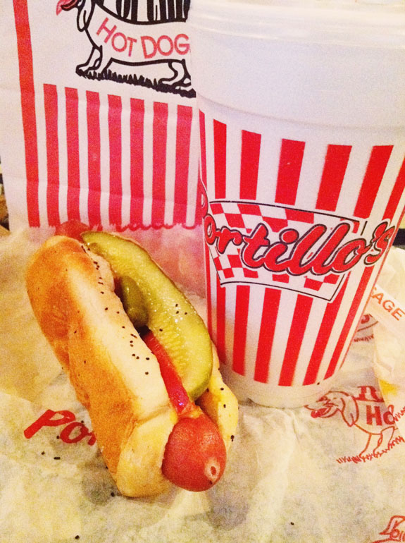 2 days in Chicago itinerary: Portillo's all beef Chicago Dog