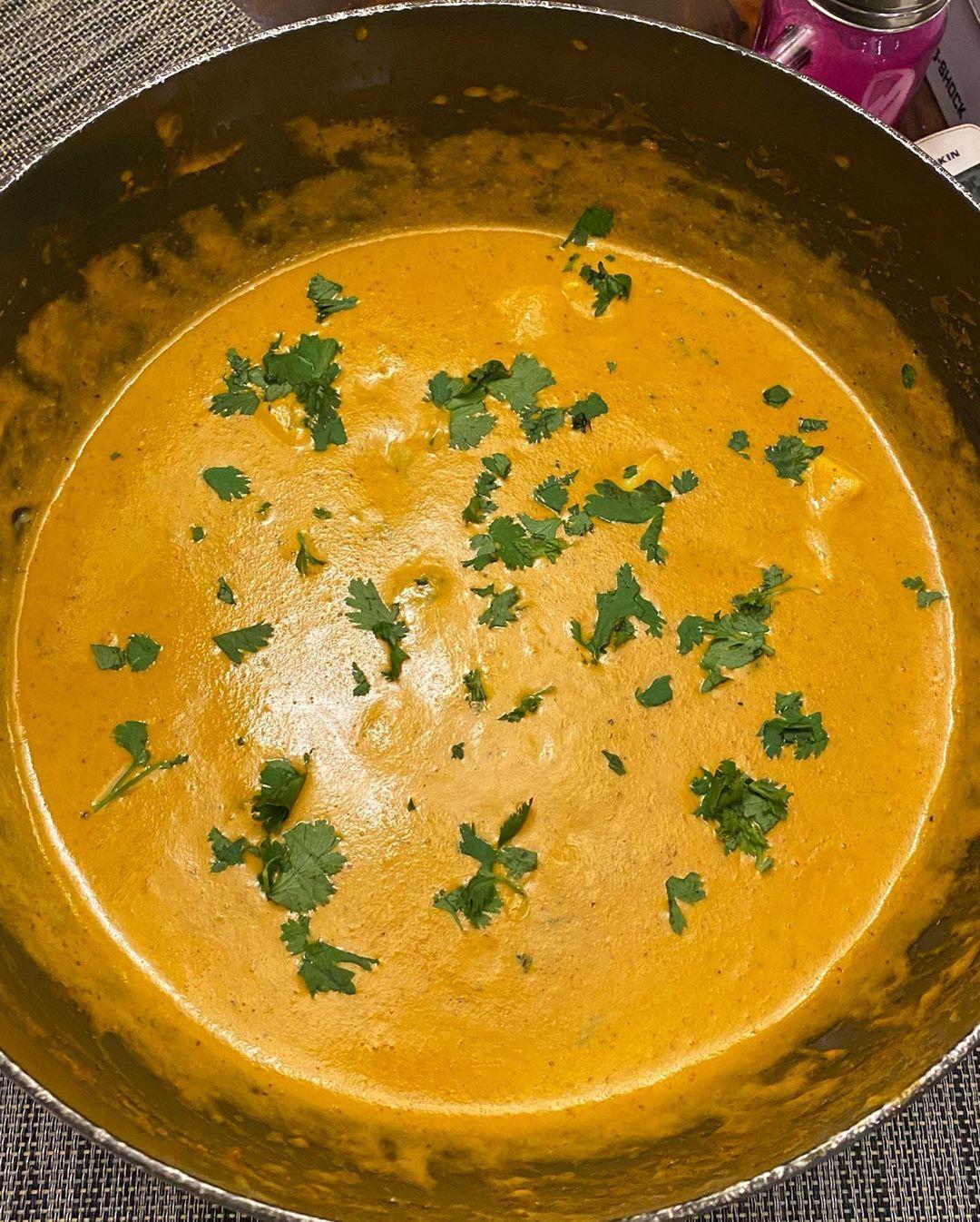 cheese-butter-masala-made-in-hardik-pandya-kitchen