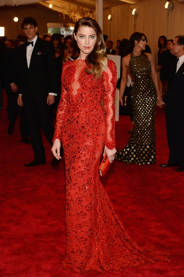 Amber Heard Met Gala red carpet look dress