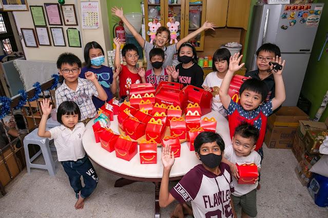 McDonald's Malaysia dan pelanggan menyumbang 35,000 Happy Meal kepada kanak-kanak di rumah anak yatim di seluruh negara