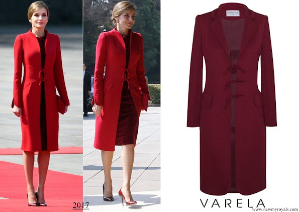 The bespoke piece is by her go-to couturier, Felipe Varela and is based on the Andrea coat from the Spring Summer 2017 collection