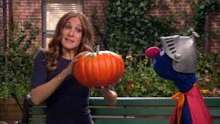 Sarah Jessica Parker, Super Grover, celebrity, pumpkin, Sesame Street Episode 4311 Telly the Tiebreaker season 43