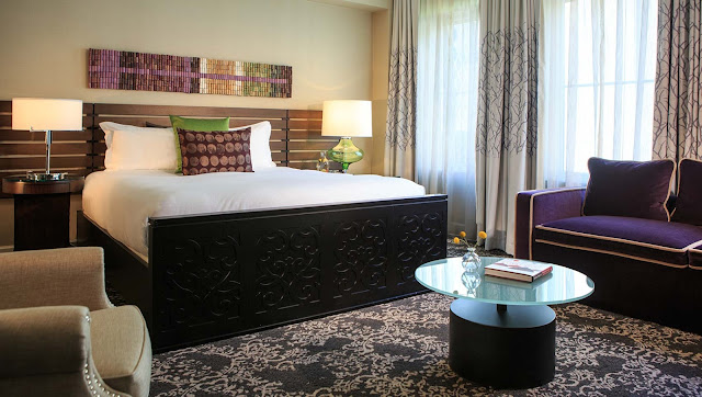 Located in the heart of Seattle, Kimpton Hotel Vintage lavishes guests with exceptional boutique service, style and amenities. Book your stay today.