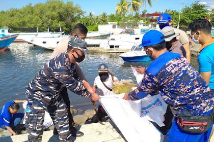 Sambut HUT RI Ke 75, PosTNI AL Selat Alas Bersama Unsur MARITIM Lakukan Aksi Bersih Pantai
