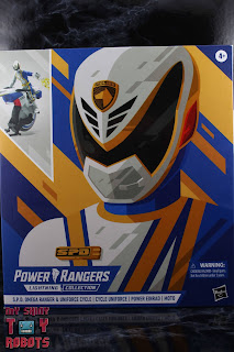 Power Rangers Lightning Collection SPD Omega Ranger & Uniforce Cycle Box 01