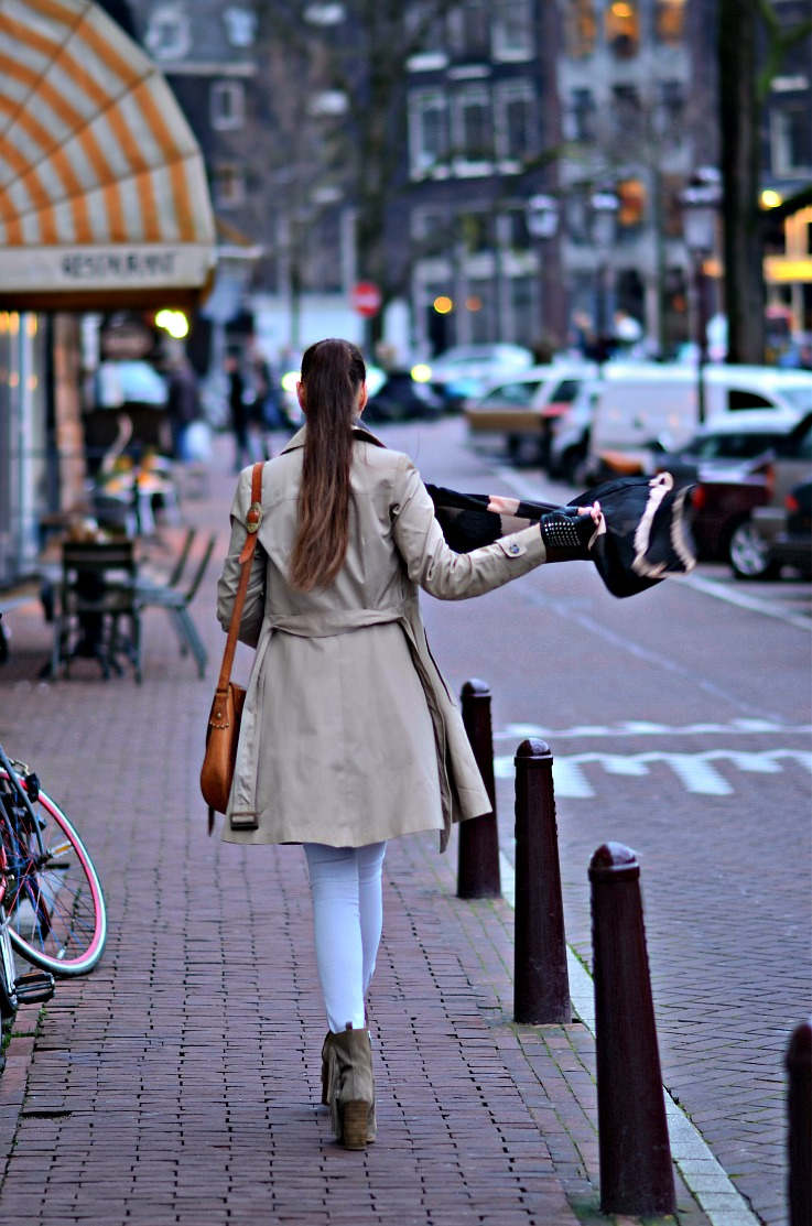 Tamara Chloé, Zara peplum trench coat, Zara fringe ankle boots, Vintage Spanish hippie folk boho bag, Luxury for princess, TC Style Clues, Amsterdam, white skinny jeans, studded leather gloves
