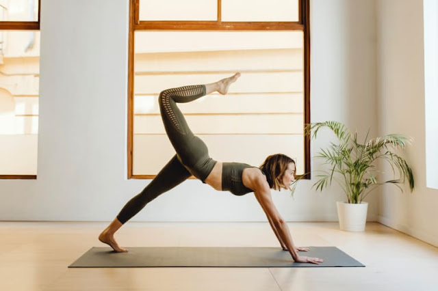 All You Need to Know About Vinyasa Yoga : Definition, Characteristics ETC -MergeZone