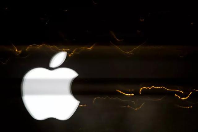 ارتفعت أسهم شركةهيونداي موتورالكورية الجنوبية لصناعةالسياراتيوم الجمعة بسببشركة آبل.الكبير يتعلق بشركة Apple (AAPL) وتخططلسيارة كهربائية ذاتية القيادة منApple