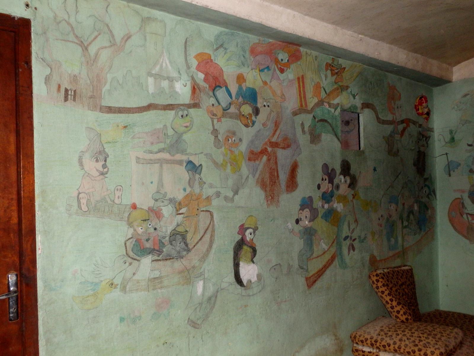 Decoration Avec Porte Manteau Avec Pied Dans Les Escalier