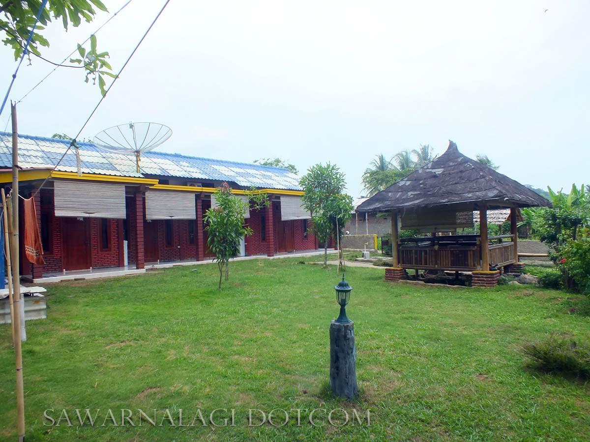penginapan villa  dan Hotel Putri Asih sawarna